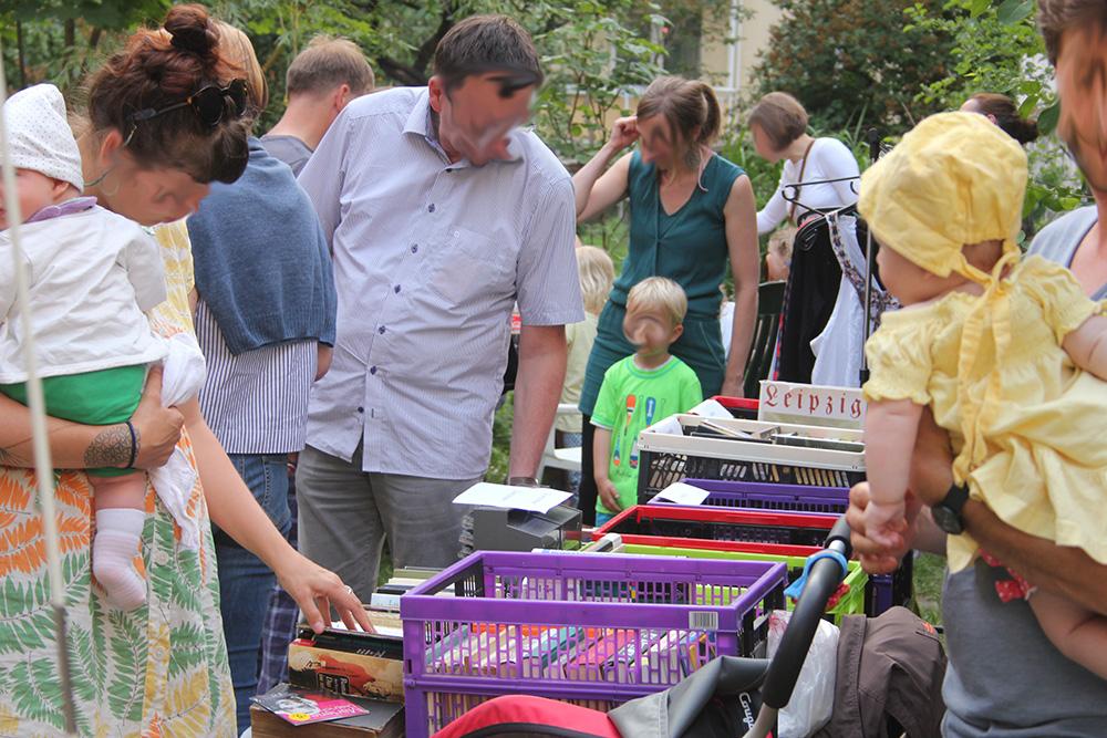 Flohmarkt zum Tag der Nachbarn